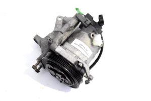 Sprężarka klimatyzacji Subaru Impreza WRX STI 2001-2002 oem 73111FE011