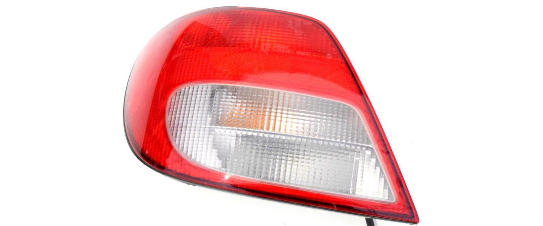 OEM 84201FE170 lampa tylna subaru