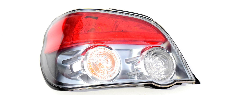 Lampa tylna lewa Subaru Impreza RC RS WRX STI 2005-2007 oem 84201FE450
