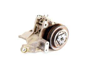 Sprężarka klimatyzacji Subaru Impreza WRX STI 2003-2005 oem 73111FE030