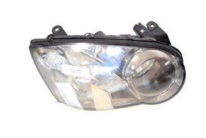 Lampa przednia prawa Subaru Impreza GX WRX STI 2004