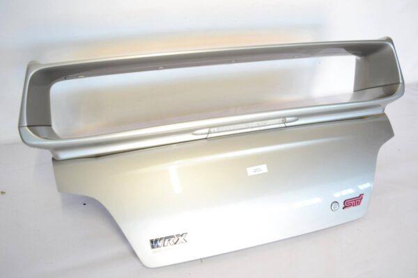 Klapa tylna + spoiler OEM Subaru Impreza WRX STI 2001-2007 48W